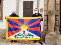 tibetska_vlajka_senat_2021_01