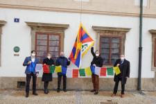 tibetska_vlajka_senat_2021_05